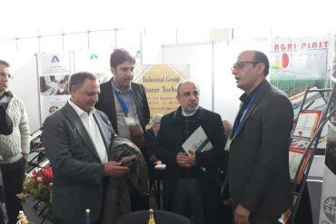 بازدید سفیر محترم ایران از غرفه گروه سدید رویش در پاویون ایران، نمایشگاه بین المللی ازبکستان (UZAGROEXPO)